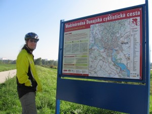 Slovak border bicycle sign